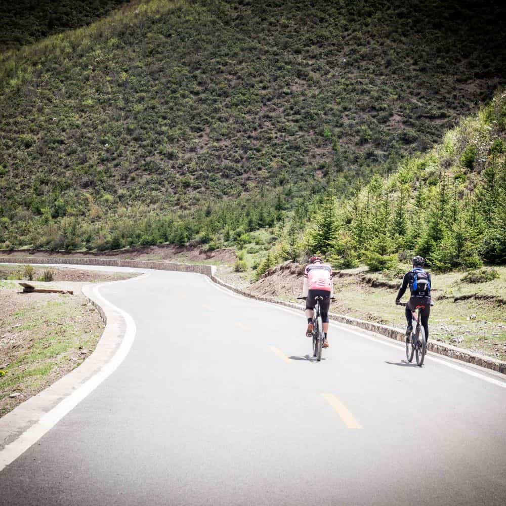 cycling the back roads of Yunnan, China on holiday