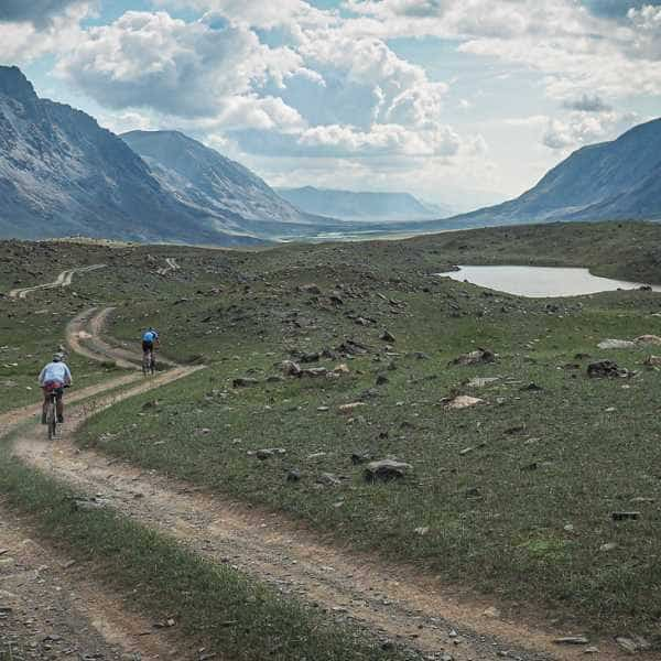 Gravel cycling in Mongolia's Altai mountains