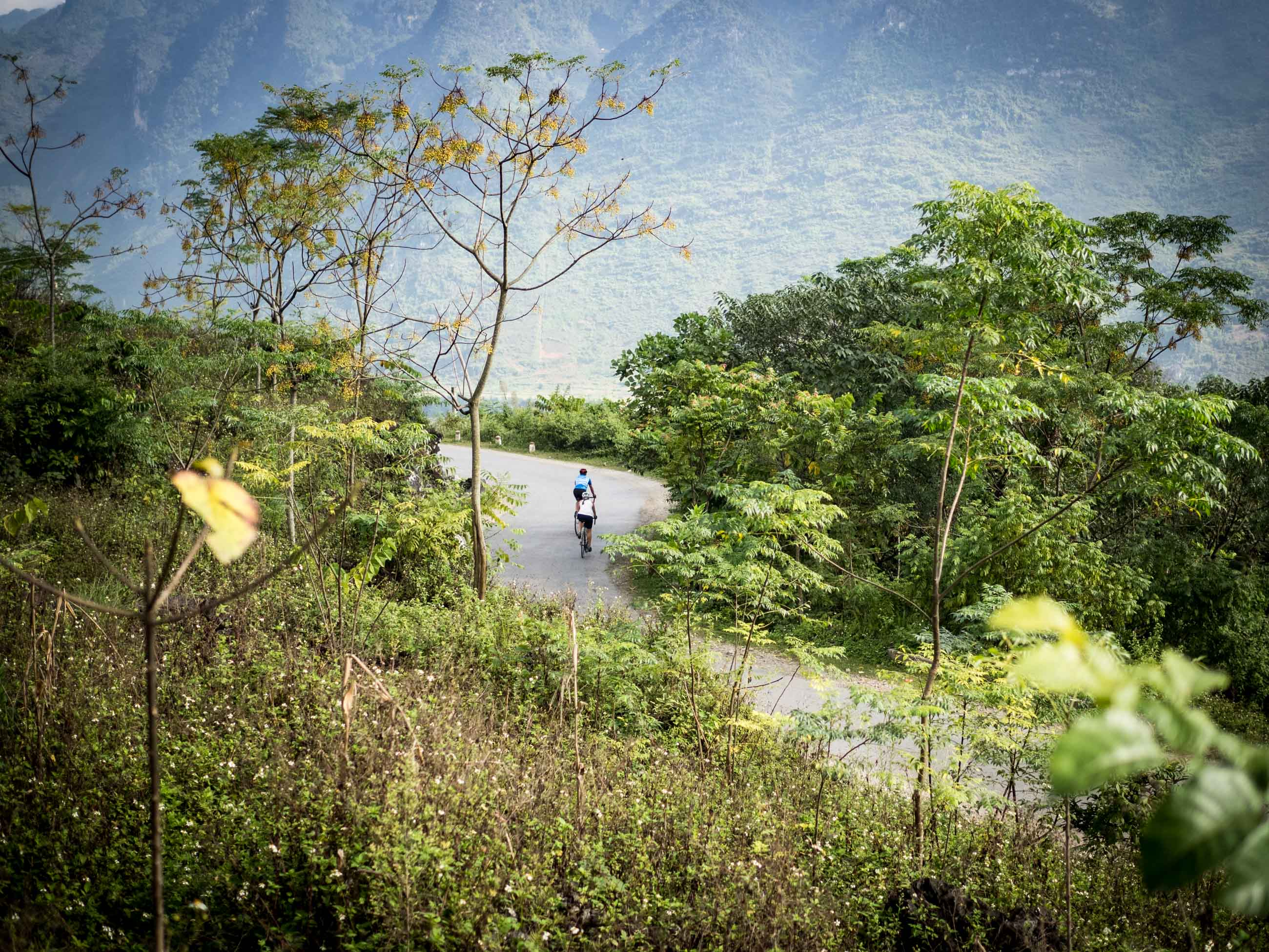 Cycling tour holiday in Vietnam - Northeast. The 'Eighteen Special