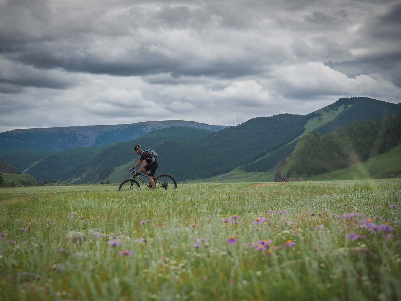 Mongolia 2018 Review cycling holidays banner image